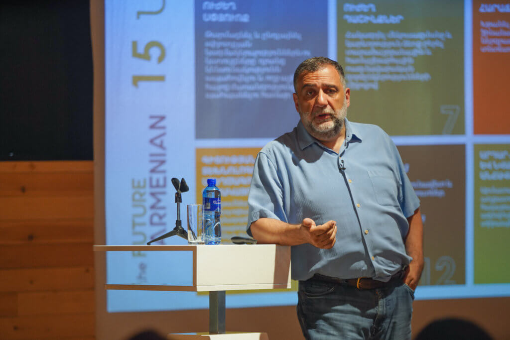 Discussion with Ruben Vardanyan at Synergy International Systems